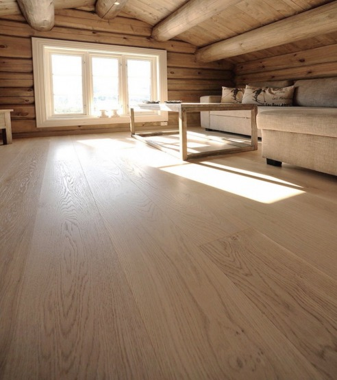 Oak Castle Plank White Light Brush